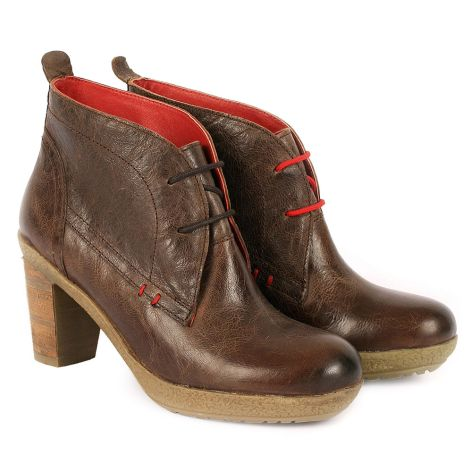 Dazzle learher booties Brown