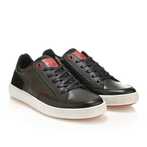 Urbanfly low-cut sneakers in black  Black